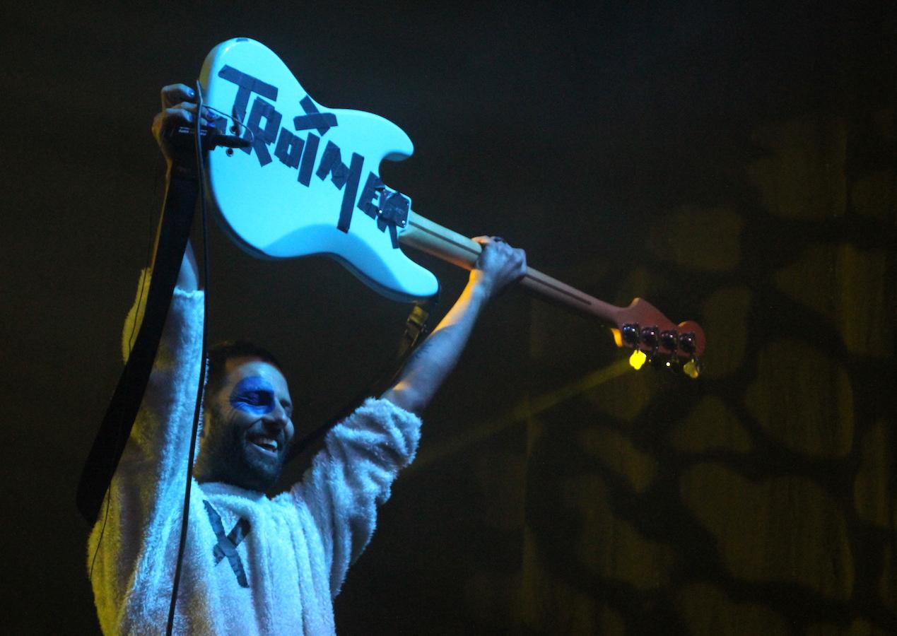 Ein Troimer: Bassist Björn Bredehöft.