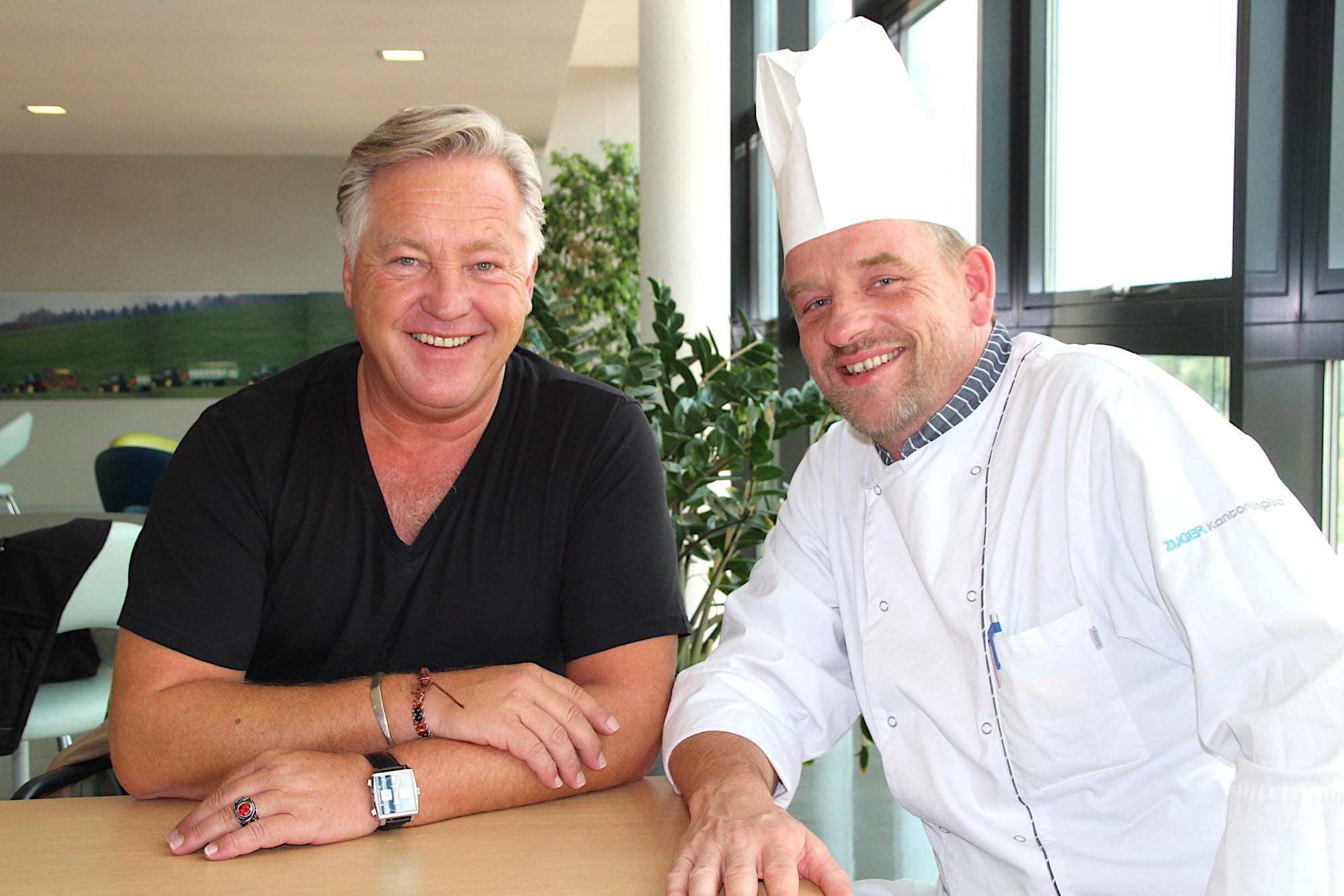 Zwei Köche sind sich einig: Felix Franz (links) und Spitalküchenchef Jan Zinsel.