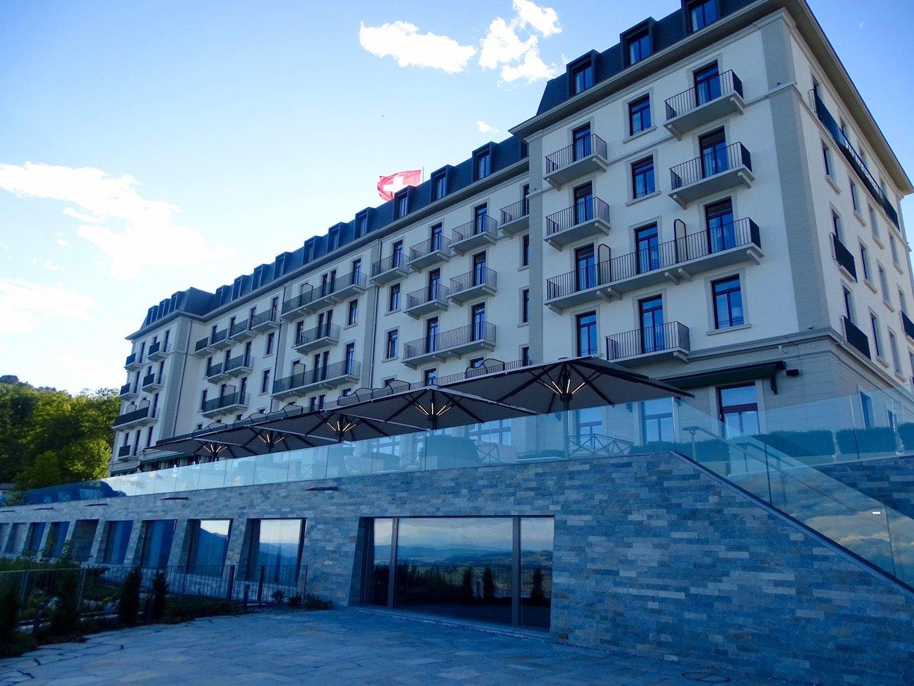 Das Bürgenstock Hotel hat eröffnet.