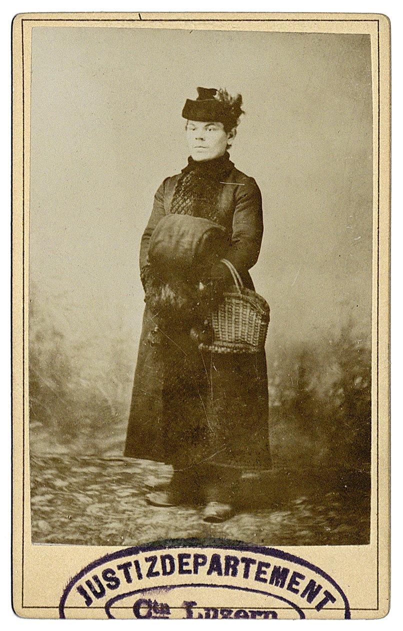 Gatti in den Kleidern des Opfers, Zeugengegenüberstellung, 1891