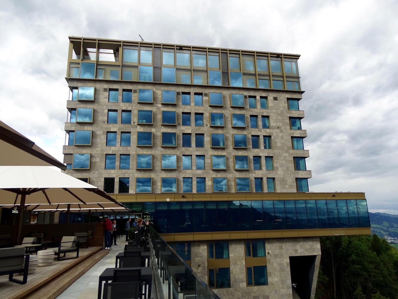 Das Bürgenstock Hotel ist das Herzstück des neuen Resorts.