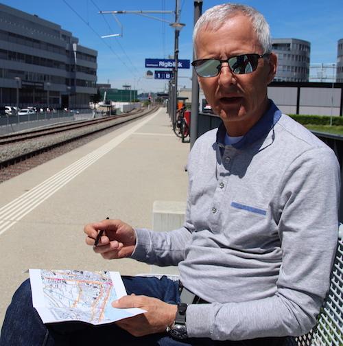 Victor Zoller, Co-Präsident von Pro Velo Zug, kennt die Zuger Velowege wie seine Westentasche.