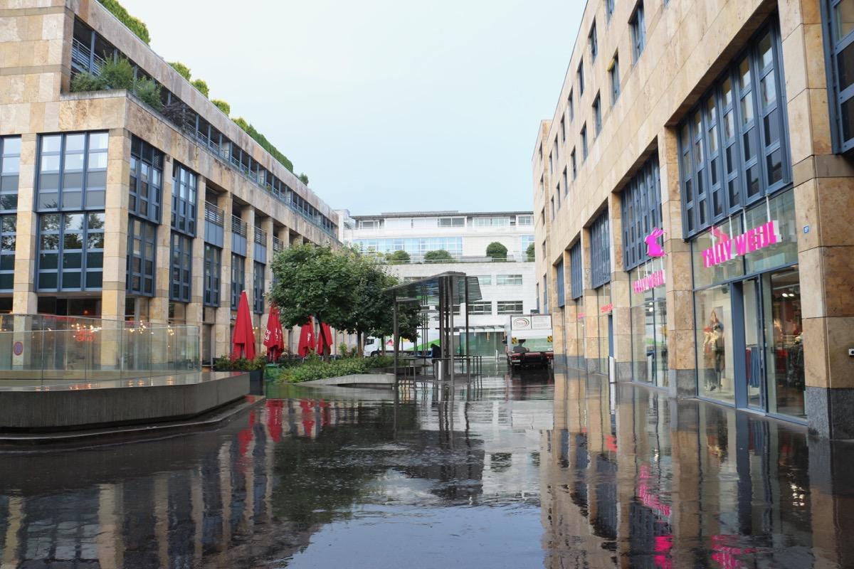 Das Einkaufszentrum Metalli gehört zum Areal der Firma Zug Estates, die auch das Suurstoffi-Areal in Rotkreuz bebaut.