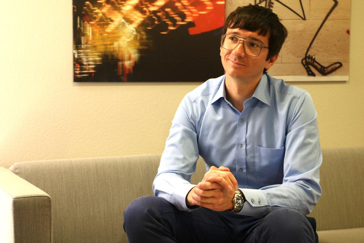 Mobilitätsexperte Timo Ohnmacht doziert an der Hochschule für Wirtschaft.