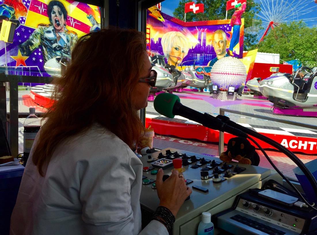 Lisa Zanolla während ihrer Tätigkeit als Schaustellerin-