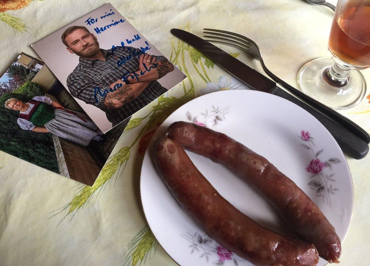 Knackig: Schweinchen Theodor wird einverleibt – Liebe geht durch den Magen.