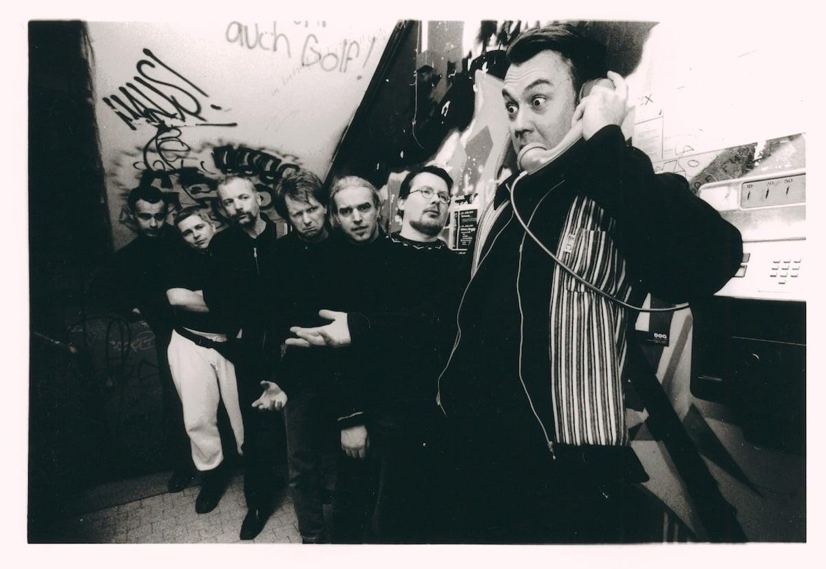 Bühnentiere: Hösli (rechts) mit seinem Steven's Nude Club. Beat Bieri ist der dritte Mann von links.