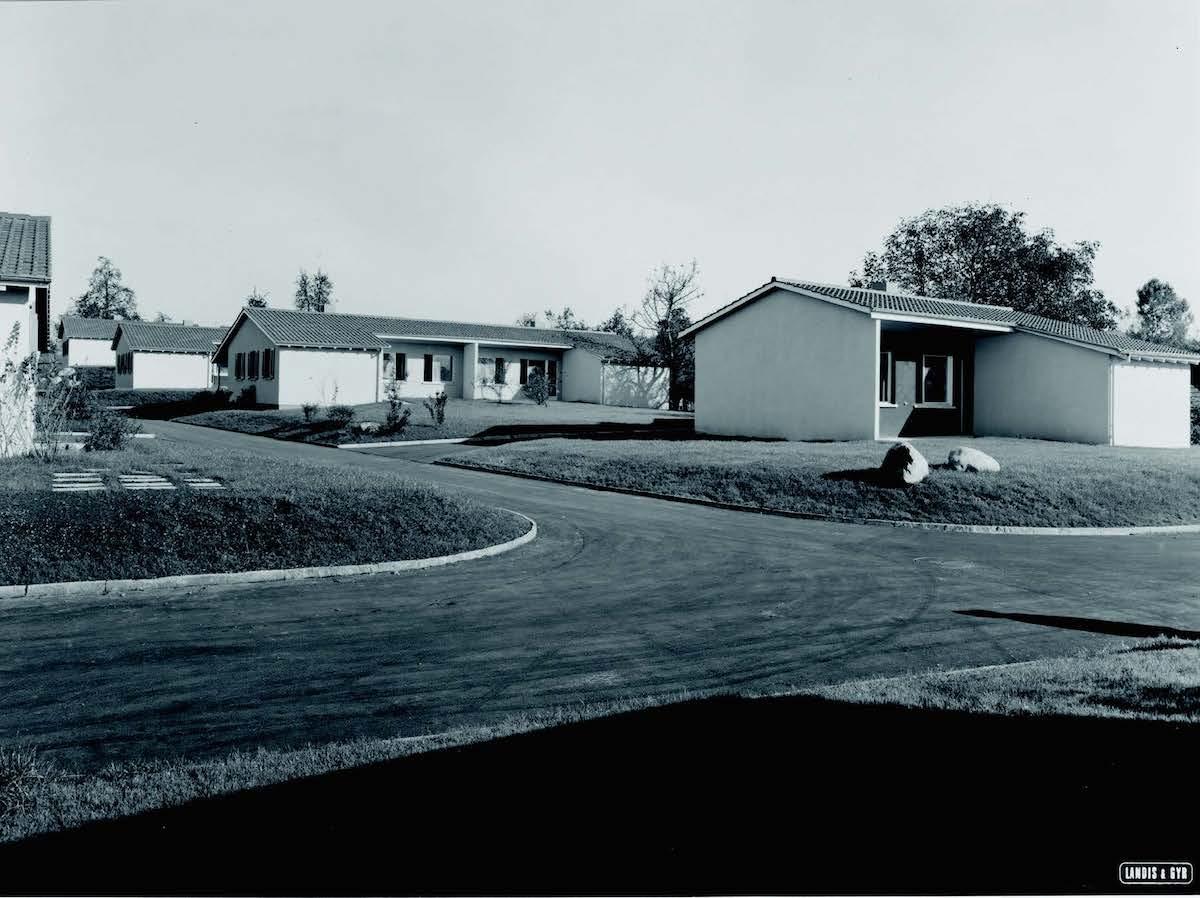 Die 1952 gebauten Bungalows in Arbach, 1955.