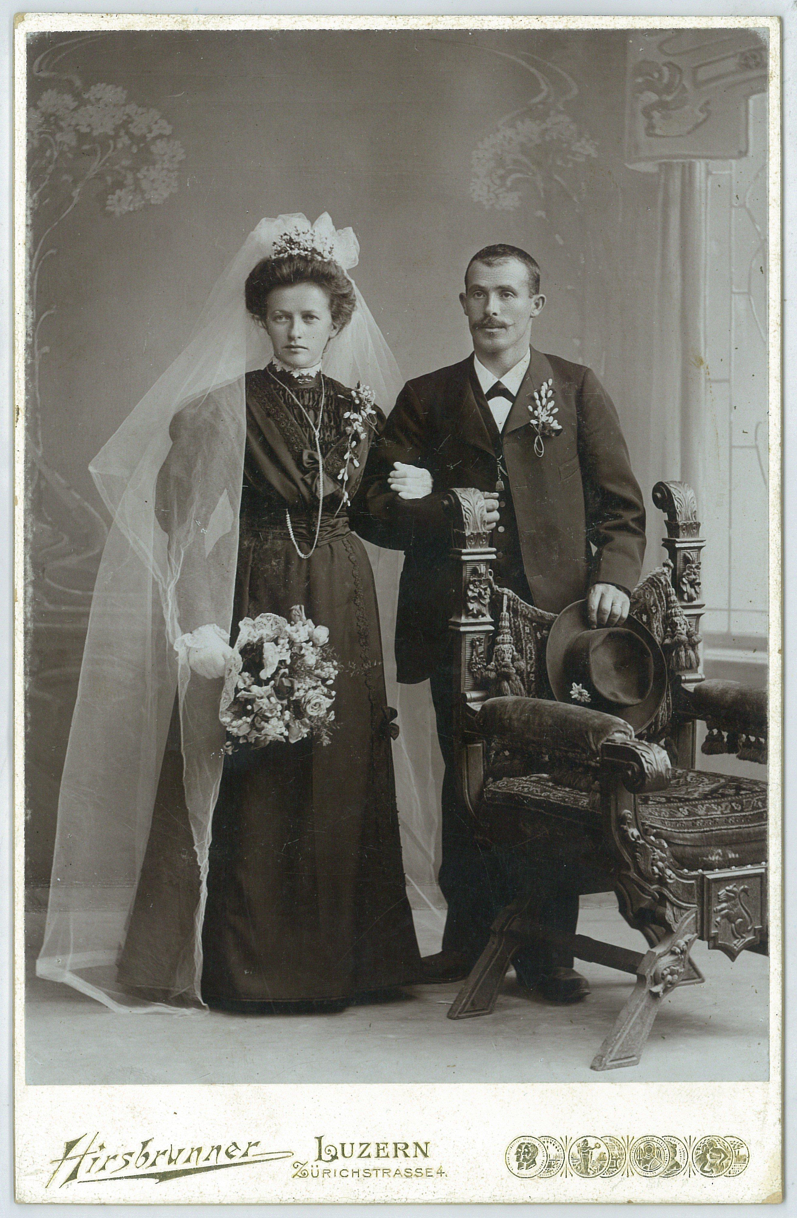 Wie frau vor 100 Jahren ihren Ehegatten fand? Auf zur Kilt ...