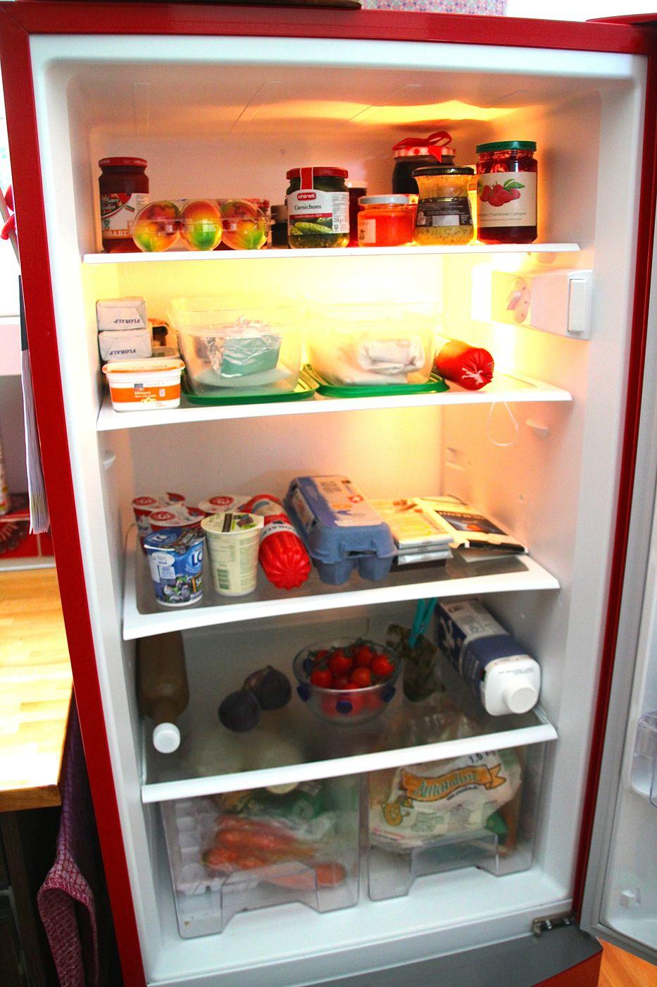 Wenig drin und ordentlich: Vroni Müller hasst es, Lebensmittel wegzuwerfen, deshalb kauft sie erst gar nicht viel ein.
