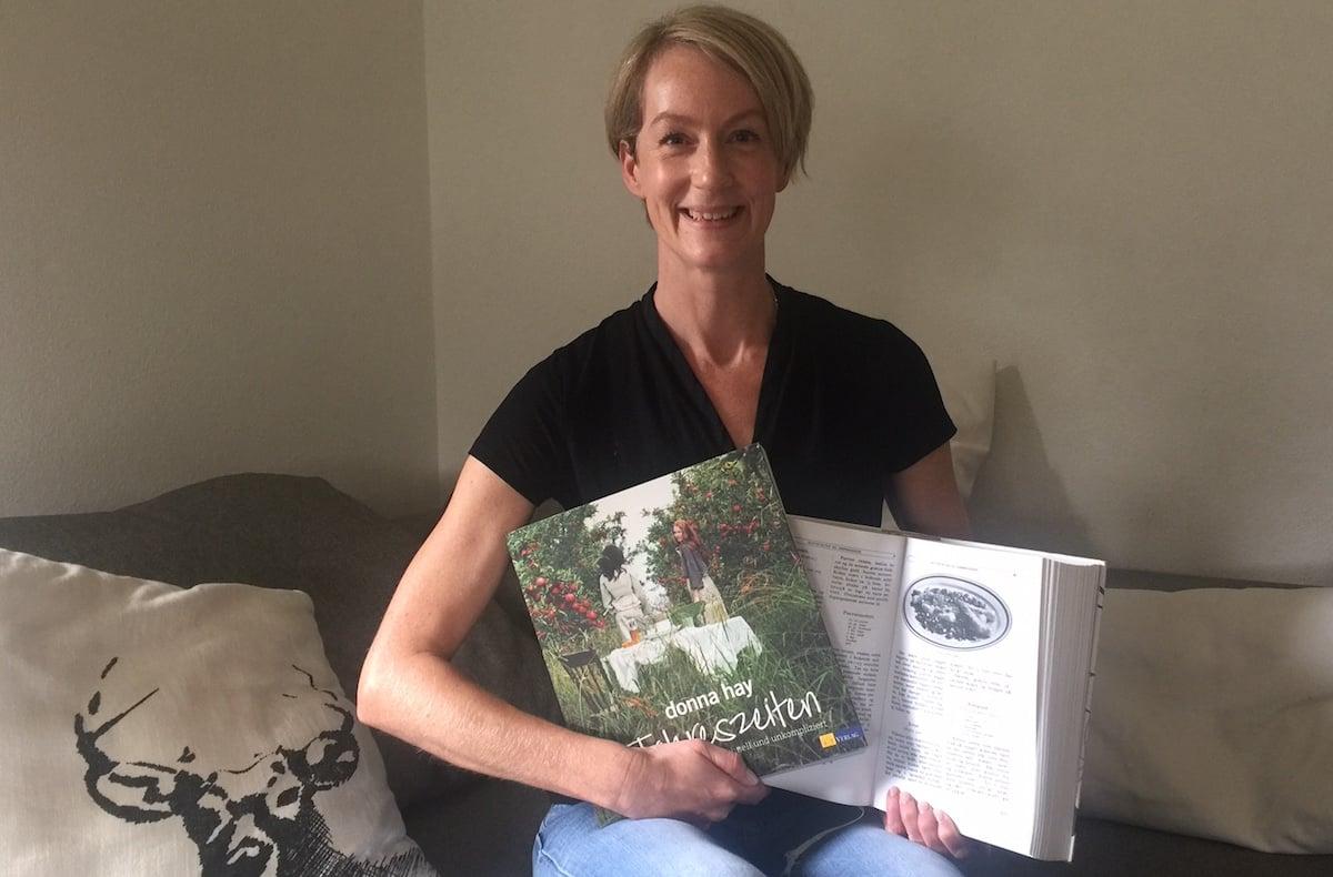 Vorbilder: Die Küchenbibeln von Donna Hay bewundert sie, und in einer alten Fibel aus Norwegen, Jahrgang 1951, stöbert sie gern.