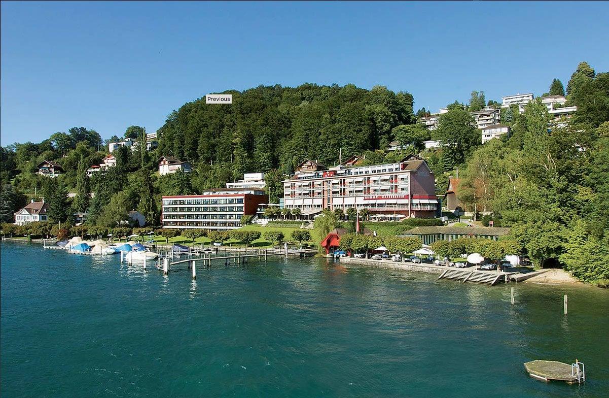 Das Seehotel Hermitage am Rande der Stadt Luzern.