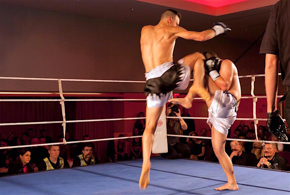 Im Kickboxen nach K1-Regeln ist fast alles erlaubt.
