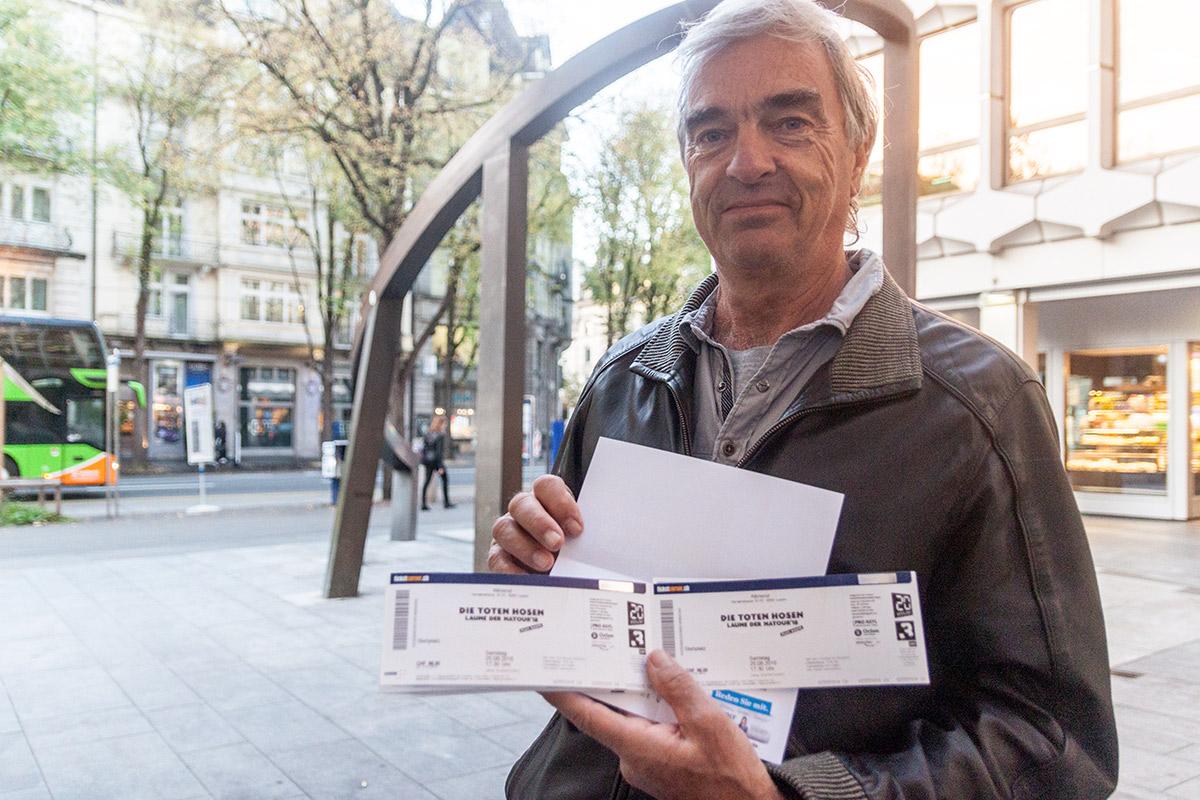 Walter Widmer hat Tickets für sich und seine Freunde ergattert.