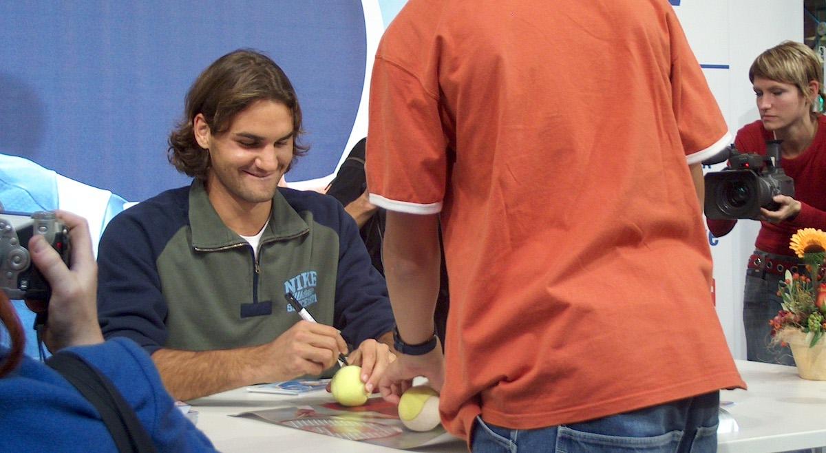 Events waren einst für Massenaufläufe gut: Roger Federer 2005 im Shopping Center Emmen.