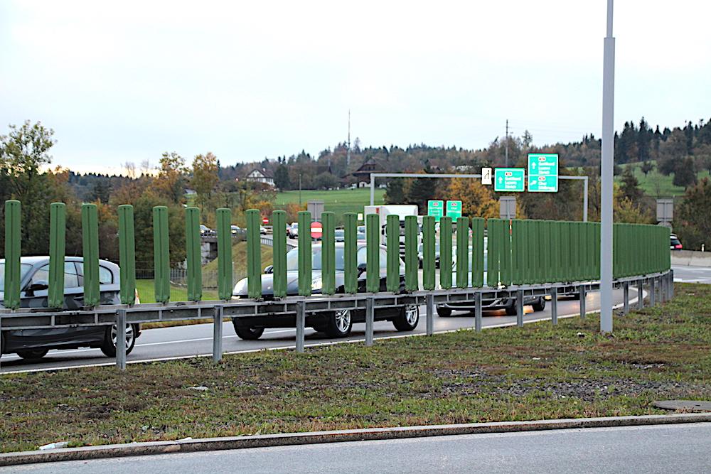 Hinter den Kulissen: Der morgendliche Stau von der Autobahn auf die Zuger Nordzufahrt. Die Staus werden politisch verdrängt, die Zuger Baudirektion hat keine neuen Massnahmen geplant.