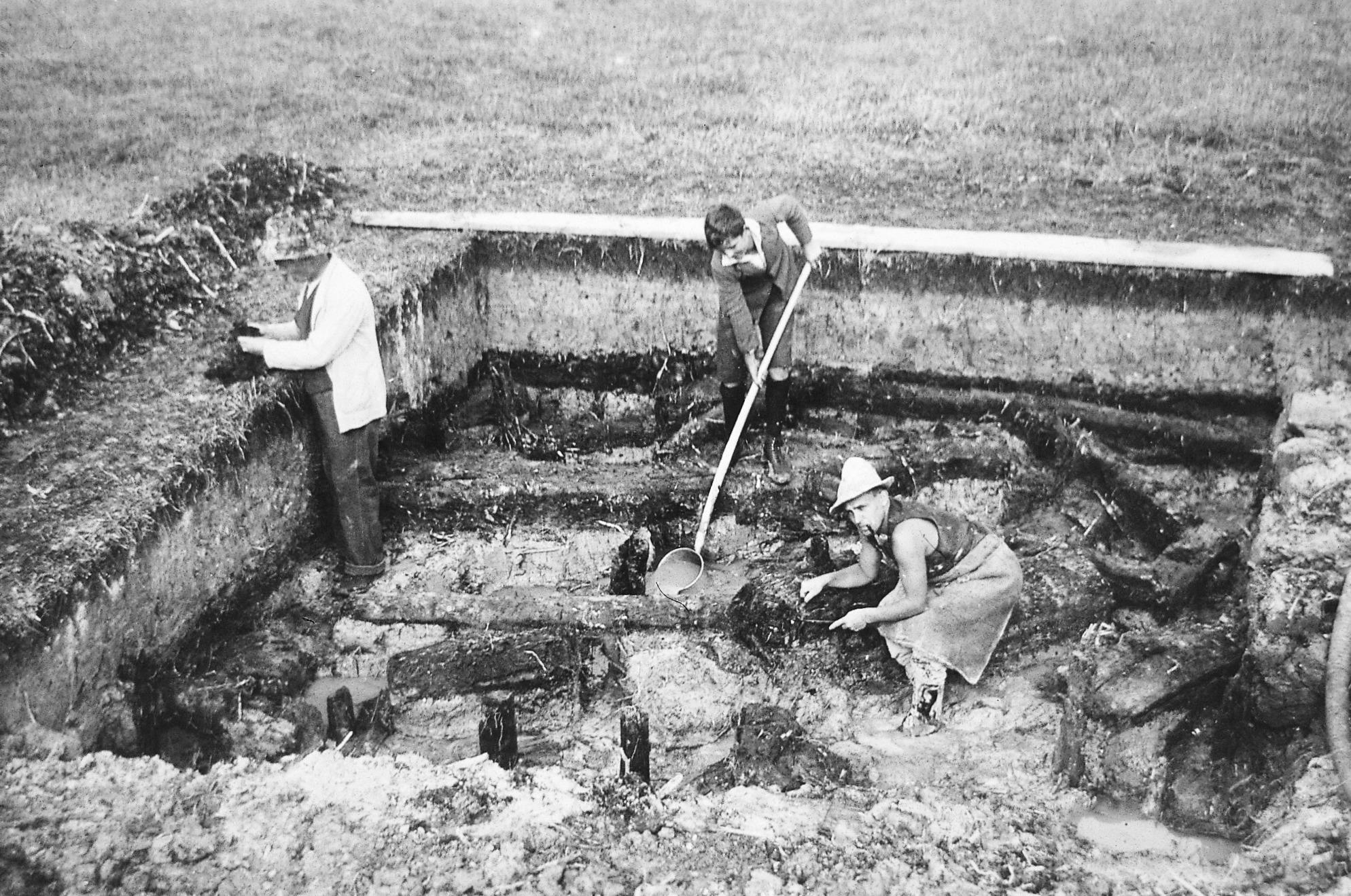 Ausgrabungen an der Fundstelle Zug, Sumpf im Jahr 1931. Aufnahme Foto Grau Zug (Eugen Grau).