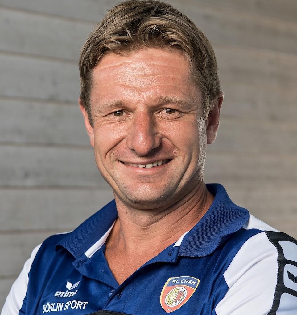 Schon in der dritten Saison coacht Jörg Portmann den SC Cham erfolgreich in der Promotion League – der dritthöchsten Liga in der Schweiz.