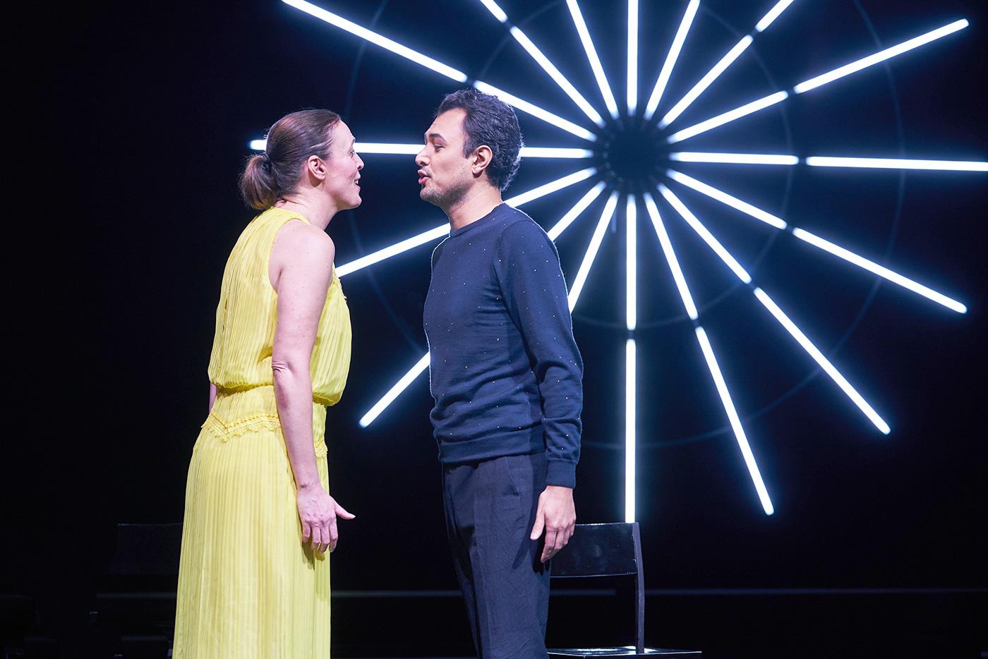 Nicole Chevalier als «Manon» und Diego Silva als Pfarreranwärter Des Grieux.