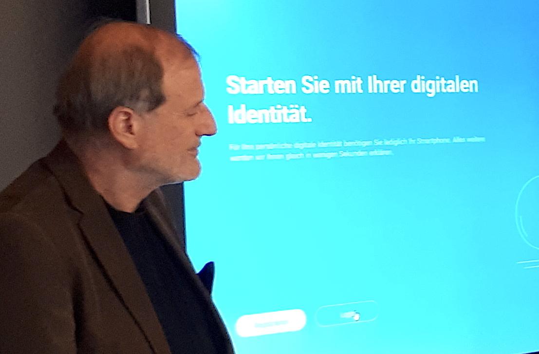 Setzt sich für die Blockchain-Technologie ein: Zugs Stadtpräsident Dolfi Müller.