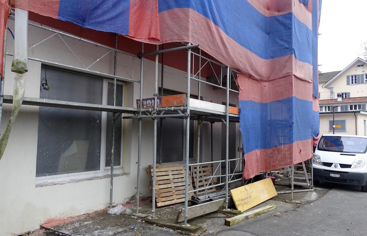 Aktuell ist eine Sanierung im Gange, wie lange diese noch dauerhaft, ist offen.