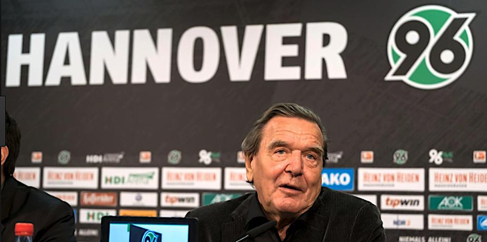 Ex-Bundeskanzler Gerhard Schröder ist Aufsichtsratschef bei Hannover 96.