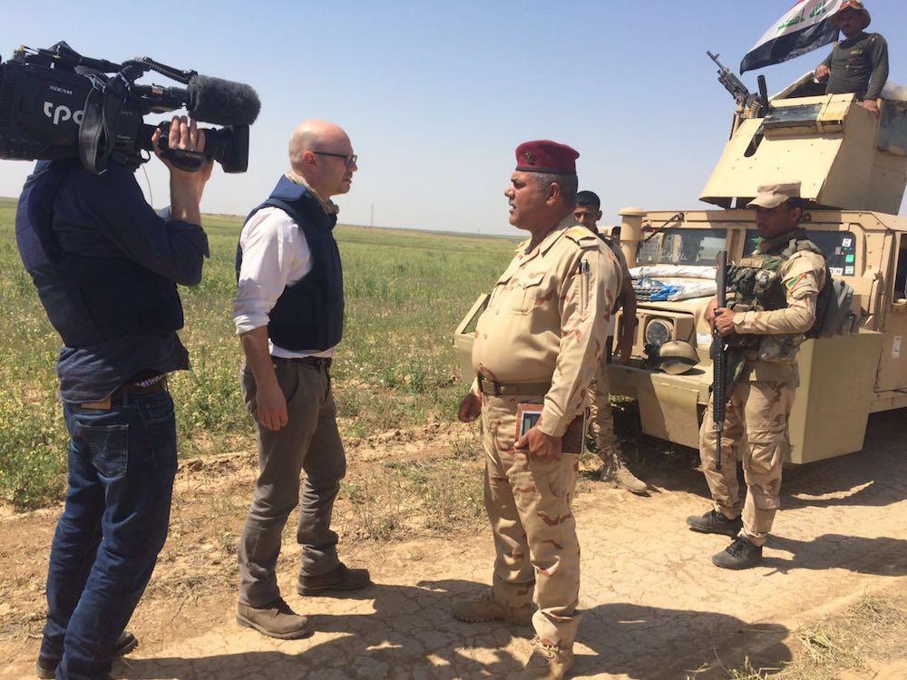 Pascal Weber und Kameramann Diego Wettstein im Irak.