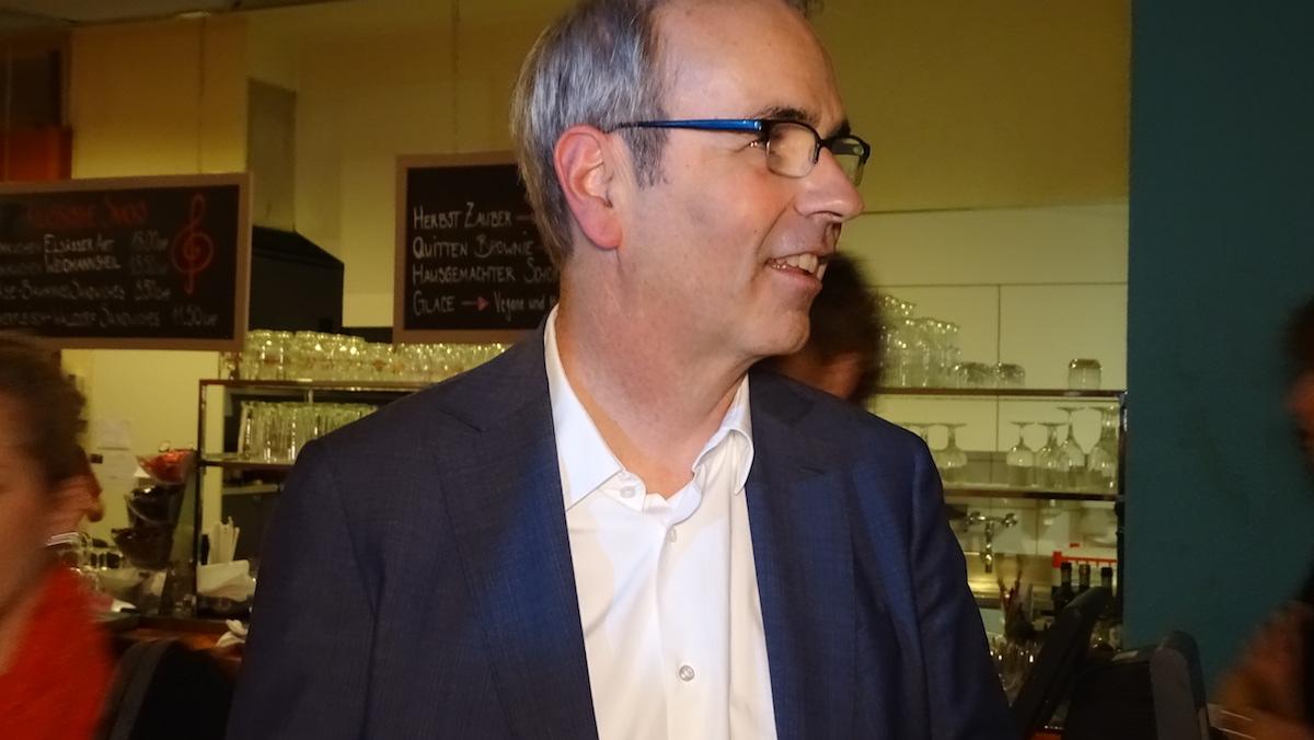 Stadtpräsident Beat Züsli an der Le-Théâtre-Premiere.