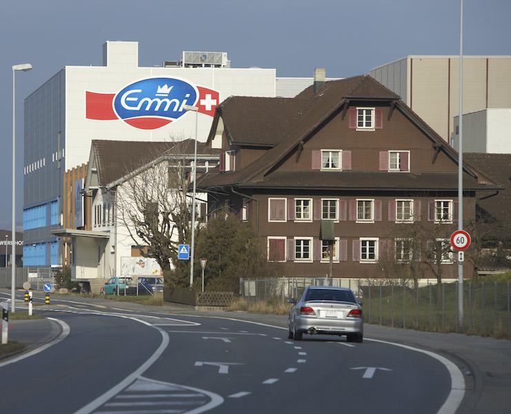 Muss vielleicht bald mehr Steuern zahlen. Emmi gehört zu den grössten Unternehmen im Kanton Luzern und errichtet in der Stadt Luzern gerade einen neuen Hauptsitz.