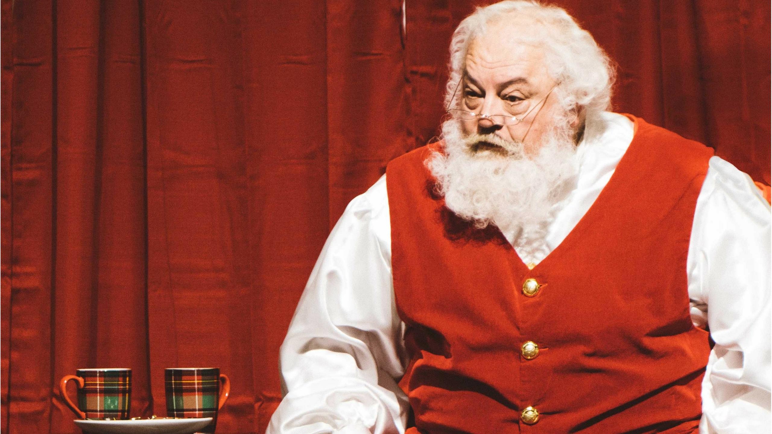 Die heute bekannte Figur des Santa Claus gibt es seit 1931. Verantwortlich für sein Aussehen ist der Cartoonist und Grafiker Haddon Sundblom.