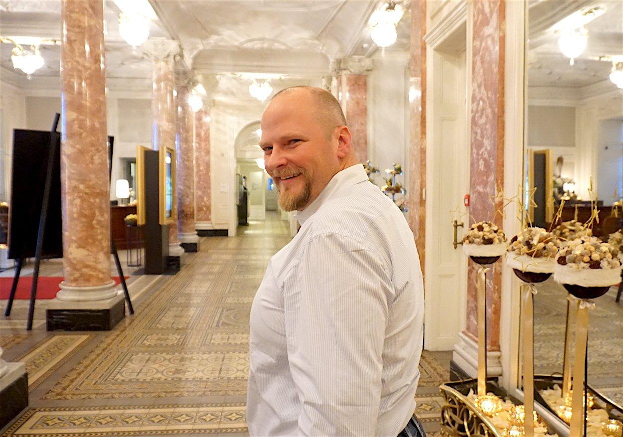 Inzwischen mehr in der Stadt und weniger im Entlebuch: Christian Ineichen im Hotel Schweizerhof.