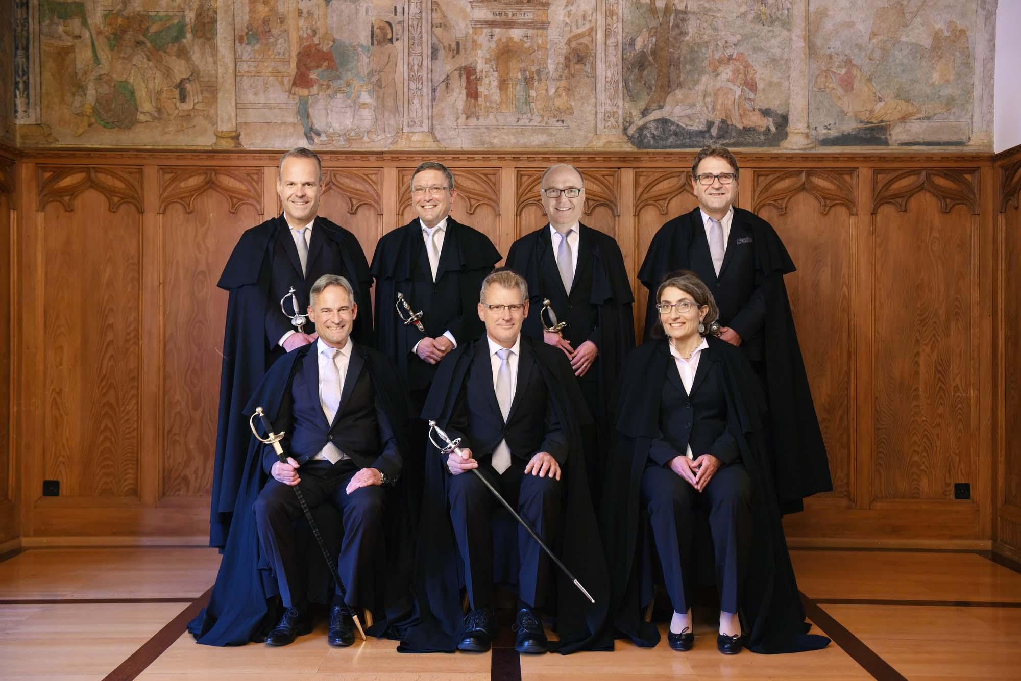 Eine – natürlich völlig fiktive – Anlehnung an das Beispiel der Kollegen aus der Ostschweiz. So könnte sich der Zuger Regierungsrat von der konservativen Seite zeigen.