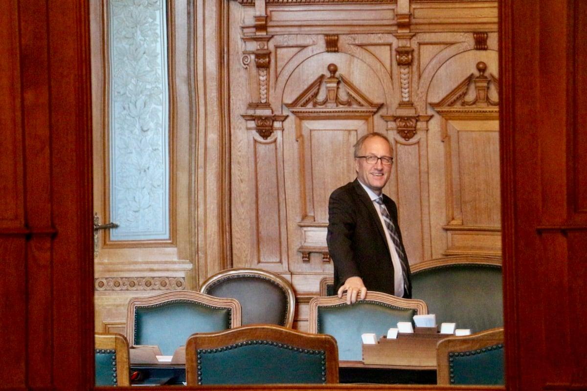 Ständerat Peter Hegglin im Vorraum des Ständeratssaals.