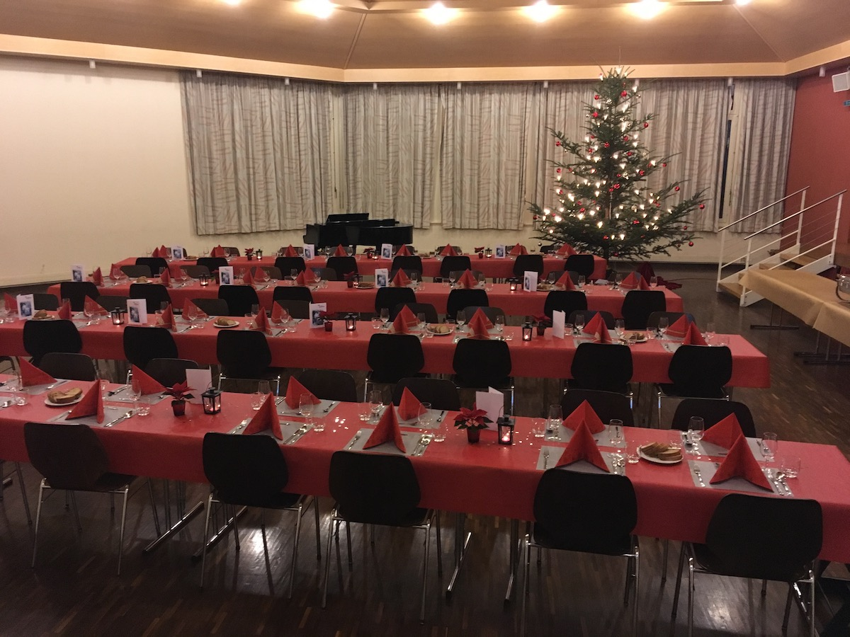 Der Raum war eingerichtet für insgesamt rund 60 Gäste.