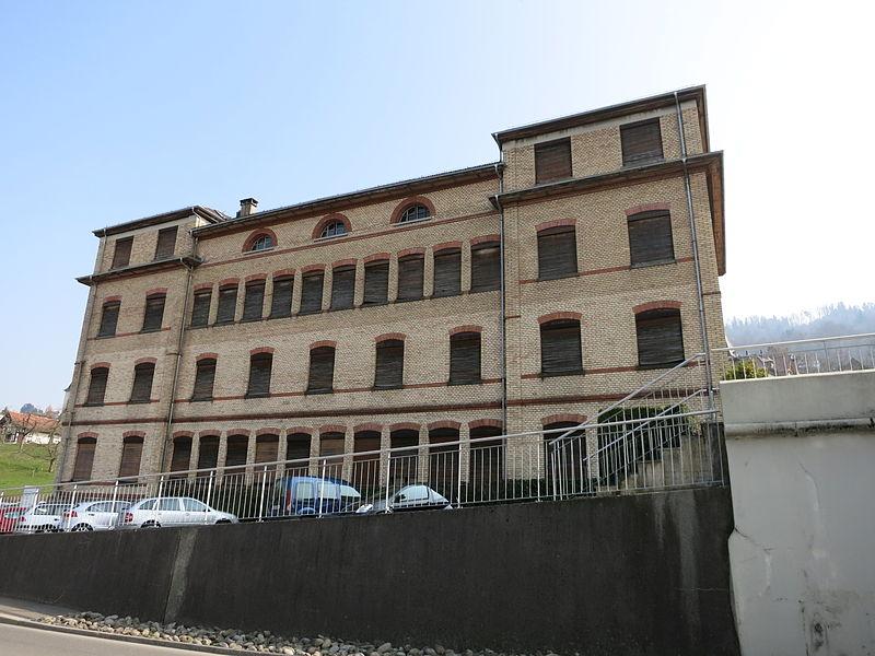 Im Theilerhaus an der Hofstrasse 13 in Zug zieht ab 2024 das Verwaltungsgericht ein.