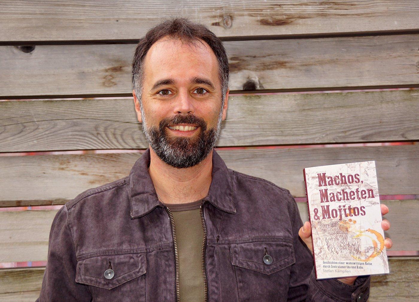 Der Luzerner Stefan Kämpfen präsentiert seinen zweiten Roman.