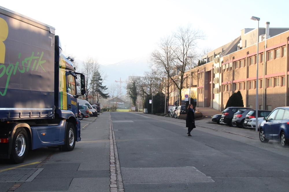 Das bestehende Gewerbegebiet an der Oberneuhofstrasse in Baar.