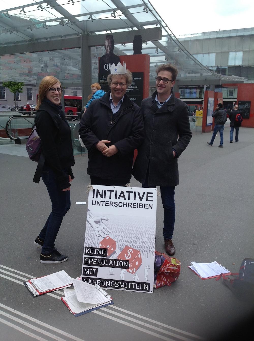 Auch mal lustig: Sammel-Duell für die Juso-Initiative mit David Roth am 25. Mai 2013 in Bern. Jo Lang: «Ich habe knapp gewonnen.»