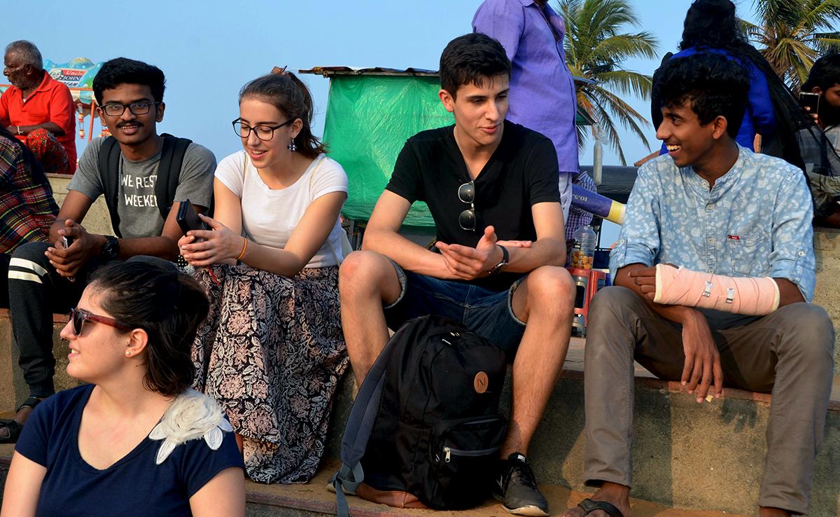 Der Austausch zwischen indischen und schweizerischen Schülern.
