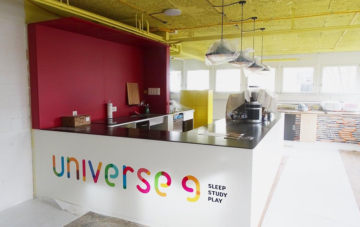 Das Café des Studentenwohnhauses: Hier soll generationenübergreifend an einer Tasse Espresso genippt werden.