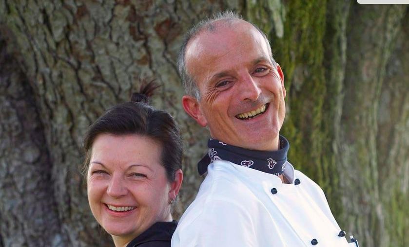 Sie wirten auf dem «Röthelberg»: Brigitte und Giuseppe Albertella.