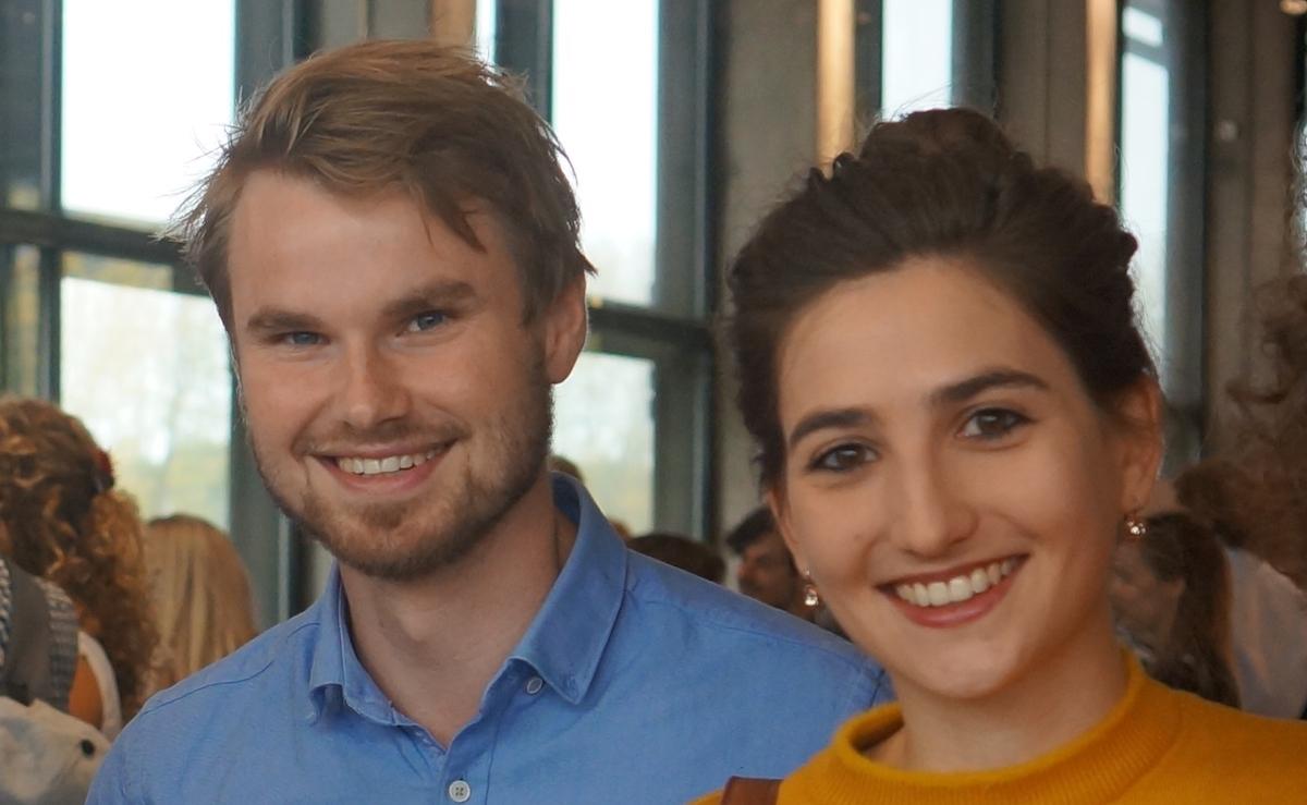 Im Sommer steht die Heirat an: Maria Charlotte Rast mit ihrem Partner Sjoerd.