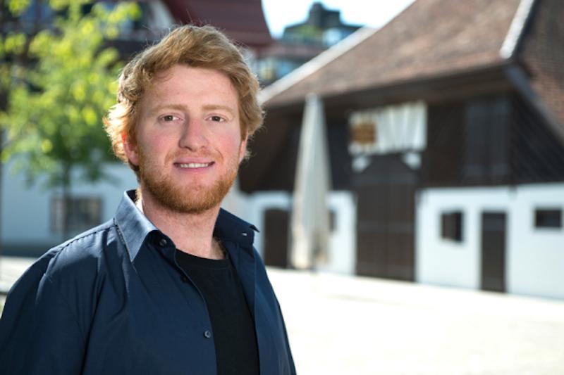 Andreas Lustenberger von den Zuger Alternativen – die Grünen ist überzeugt: «Gratis-ÖV würde die Verkehrsspitzen in Zug entschärfen.»