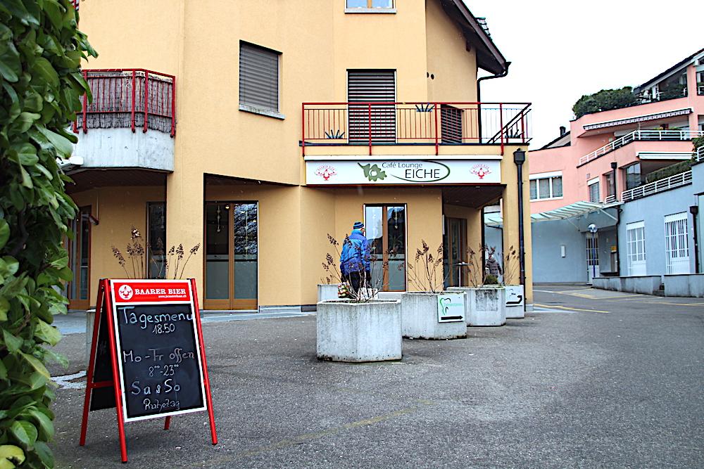 Das Hünenberger Restaurant Eiche im Dorfzentrum.
