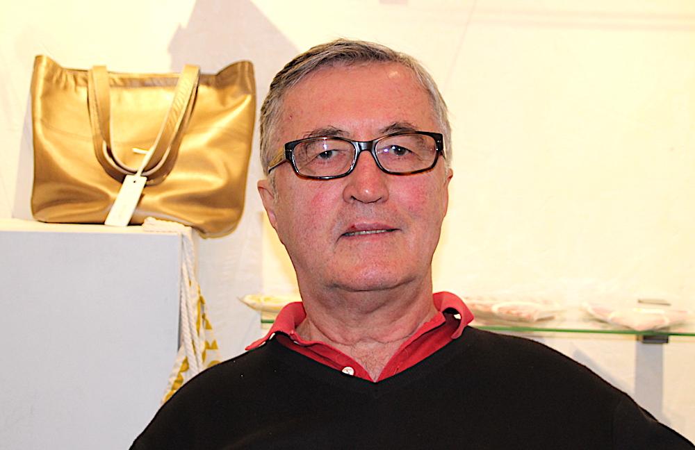 «Ich lese schnell und viel», sagt der aus Niederösterreich stammende Heinz Hackl. Der 74-Jährige lebt schon seit 40 Jahren in Zug.
