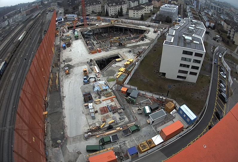 Die Webcam-Ansicht zeigt in Echtzeit, wie weit das Projekt auf dem Suurstoffi-Areal ist.