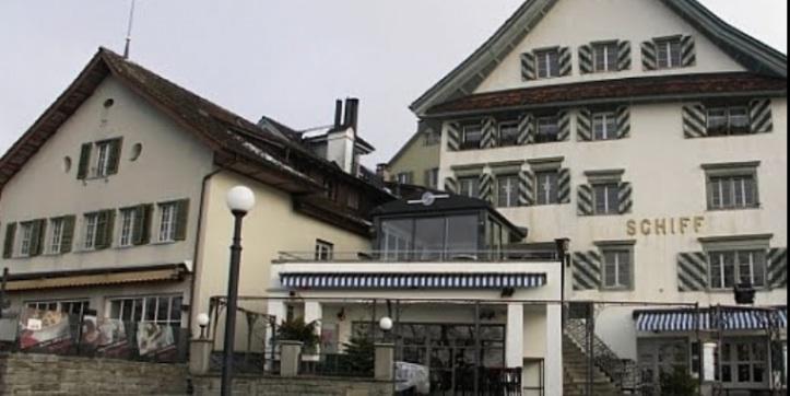 Der Skandal um die Kantonsratsmitglieder Yolanda Spiess-Hegglin und Markus Hürlimann und die ungelöste Frage, was nach der Landammannfeier im Restaurant Schiff (Bild) geschehen ist, schlägt im Januar 2015 hohe Wellen.