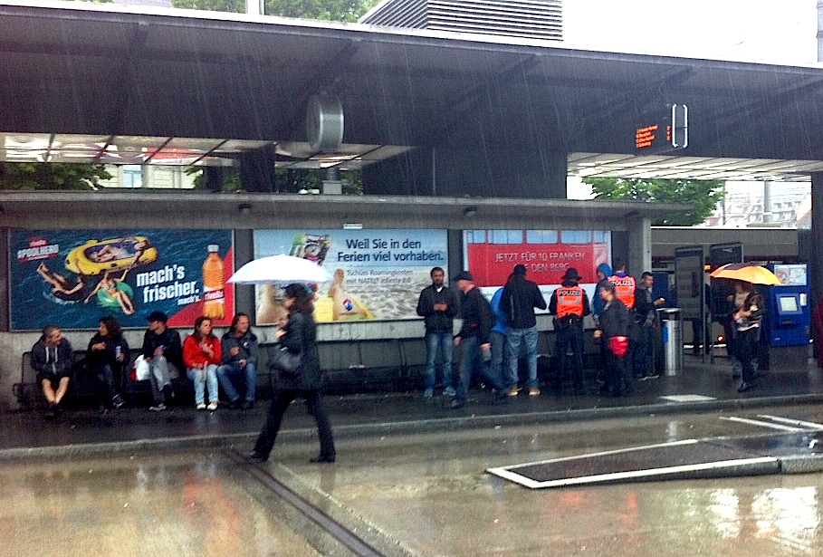 Die Luzerner Polizei macht ab und an Kontrollen beim Busperron 2.