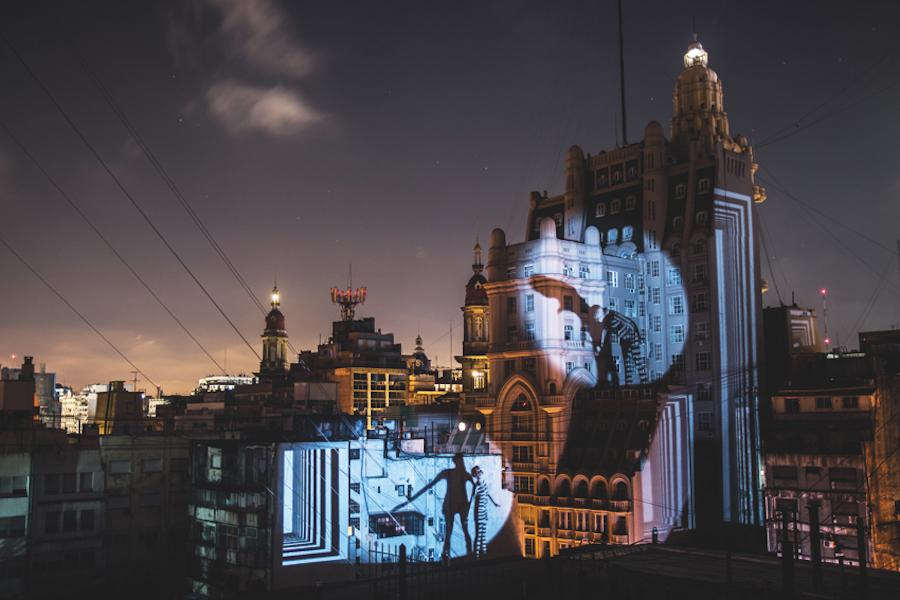 Eine Installation von Lukas Meier in Buenos Aires.