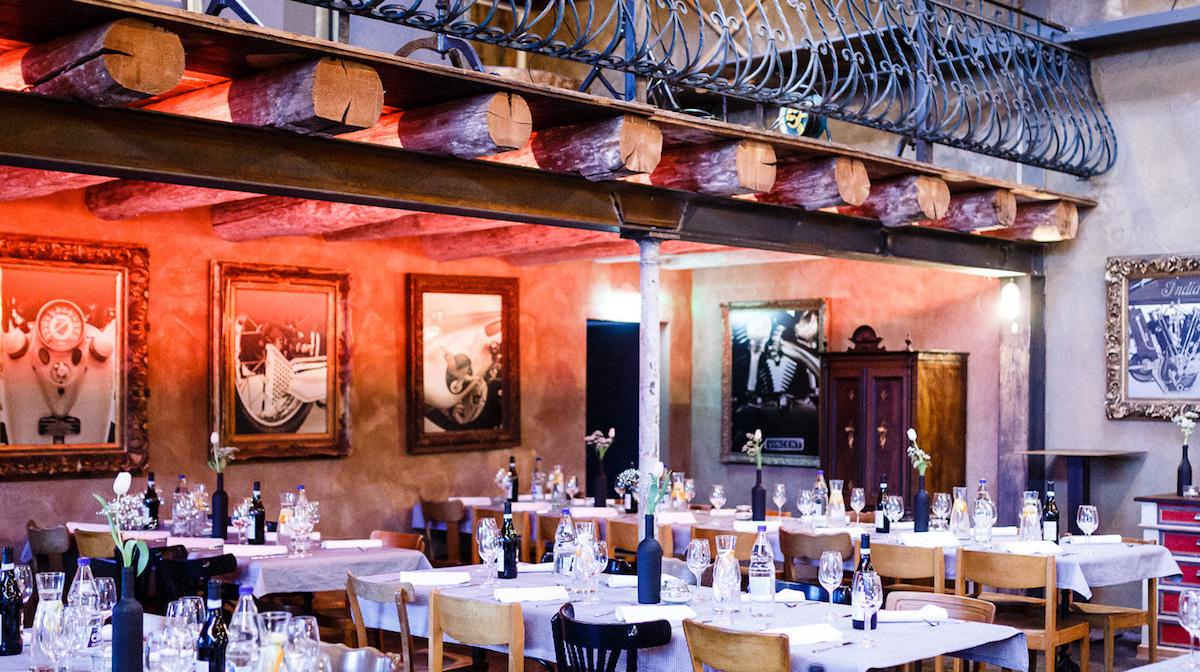 Über dem Restaurant «Startklar» lockt ein Balkon zum Loungen und Durchstarten.